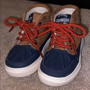 Toddler boys Osh Kosh Duck Boots size 6